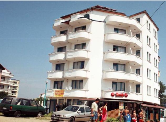 Familiya Club Hotel i Promorsko