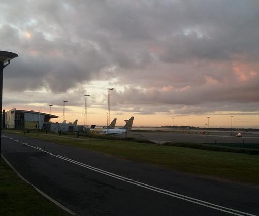 Billund lufthavn meget tidligt om morgenen